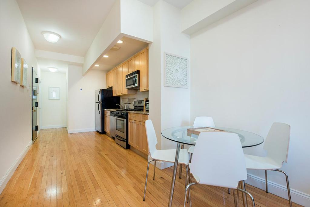 3 Bedroom modern apartment - Times Square, New York, NY ...