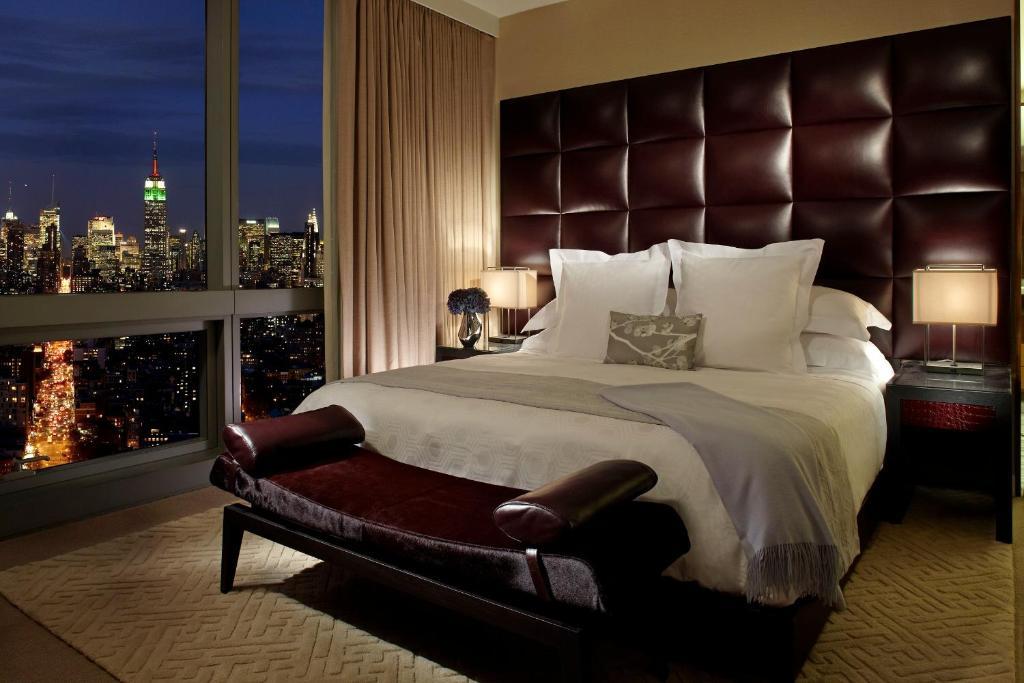 какой-то красивые фото в кровати отеля нужен