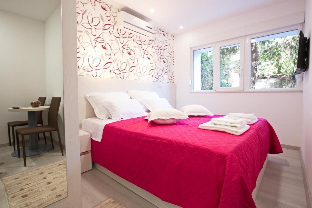 Cama ou camas em um quarto em BVB Rooms Split