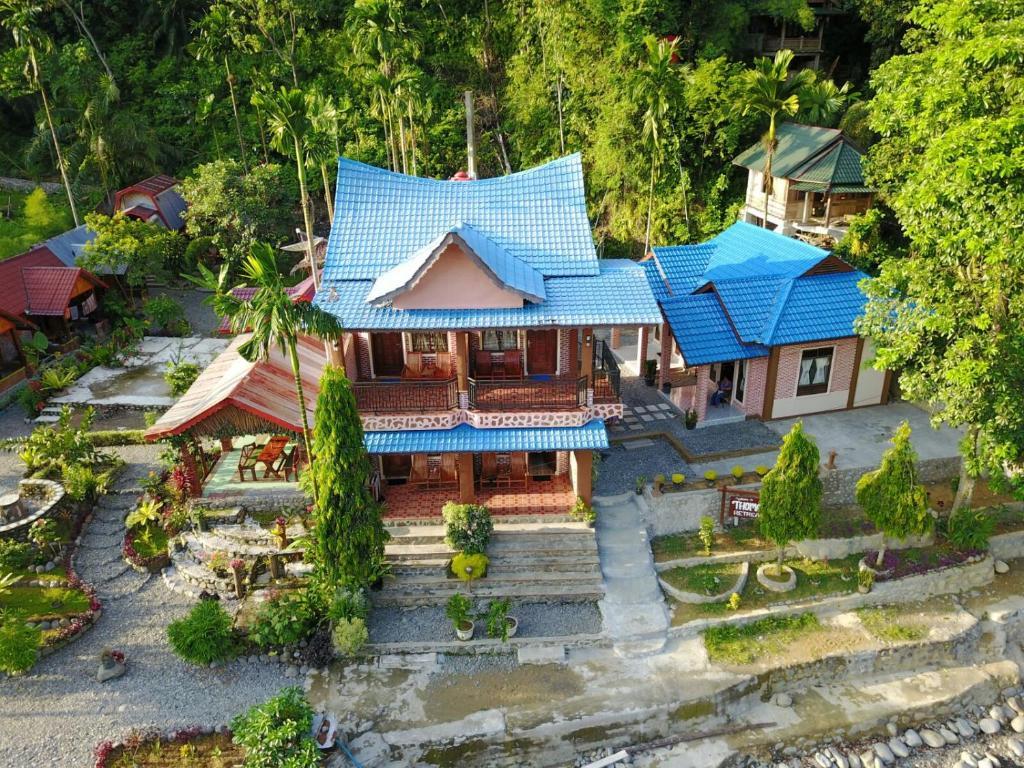 A bird's-eye view of Thomas' Retreat Bukit Lawang