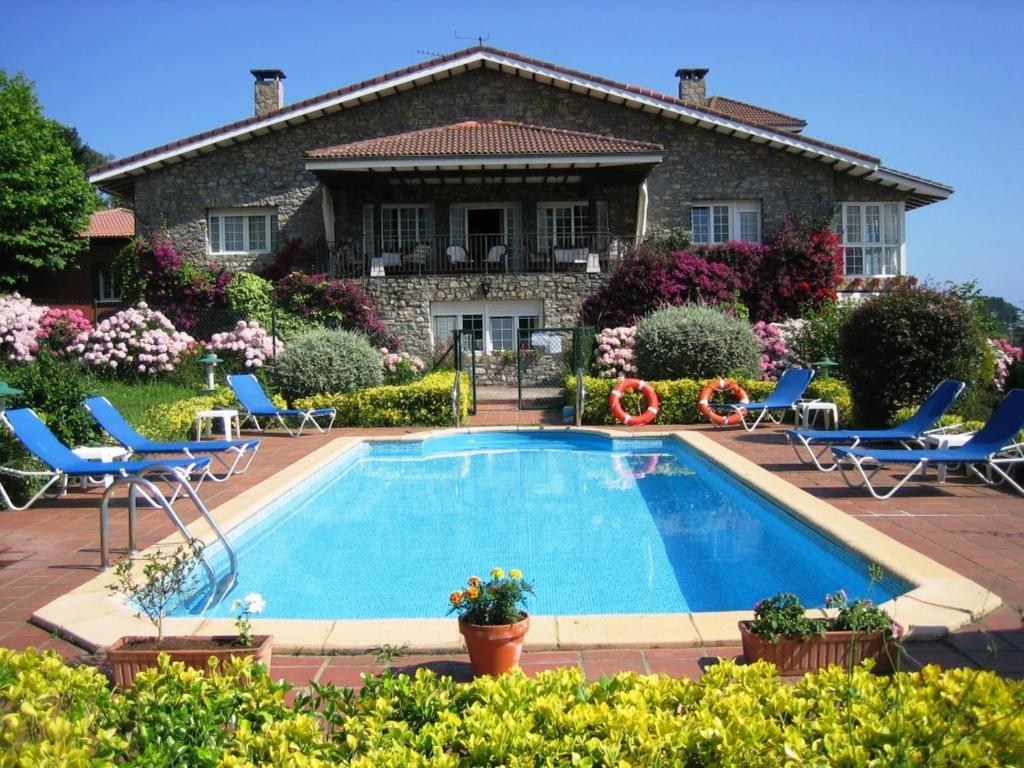 Hotel Los Caspios (España Colunga) - Booking.com