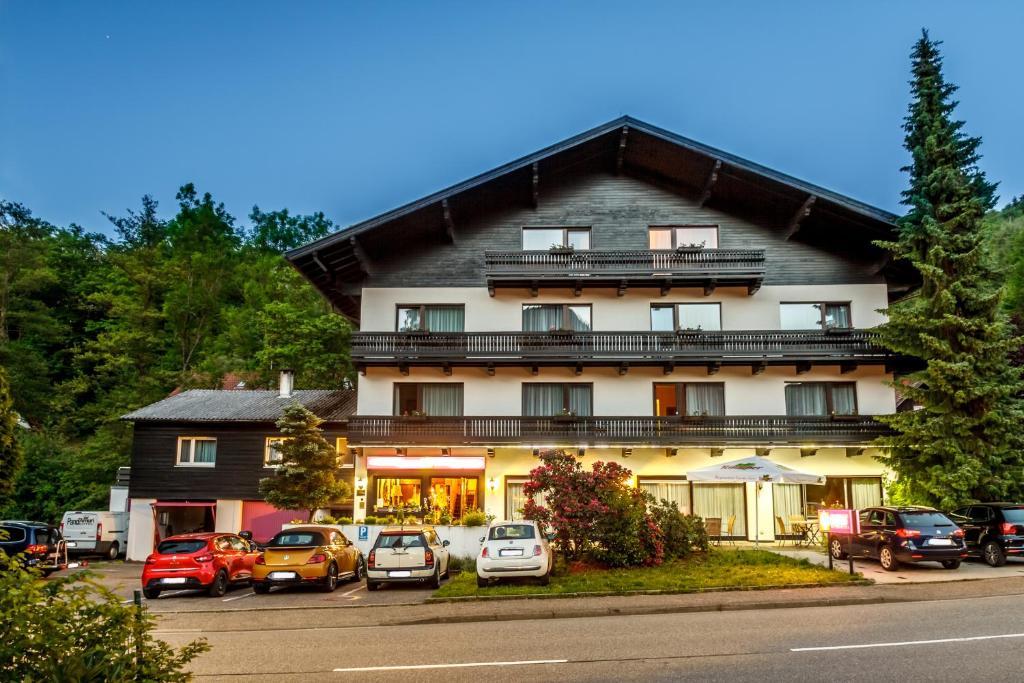 Schwarzwaldhotel Sonne, Baden-Baden – Precios actualizados 2019
