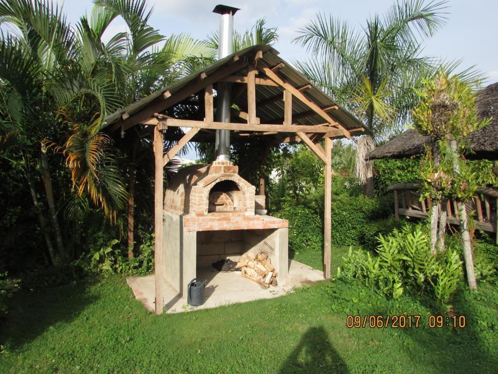 Motel americano Casa De Tessha (Filipinas Valencia ...