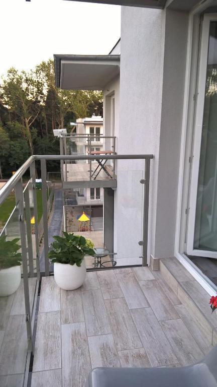 A balcony or terrace at Apartamenty Dziwnówek