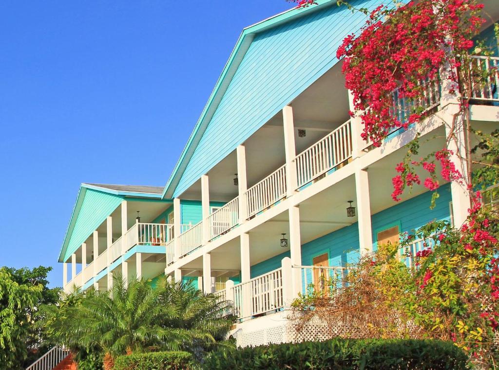 Island Time Villas, Georgetown, Bahamas - Booking com