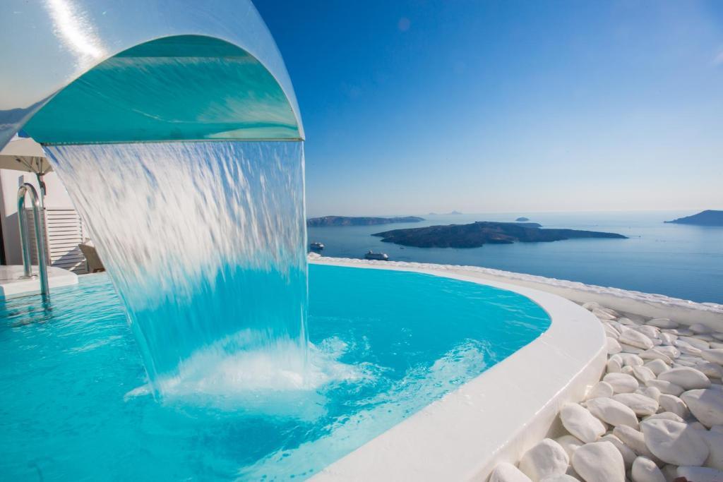 Chic Hotel Santorini Firostefani Greece Booking Com