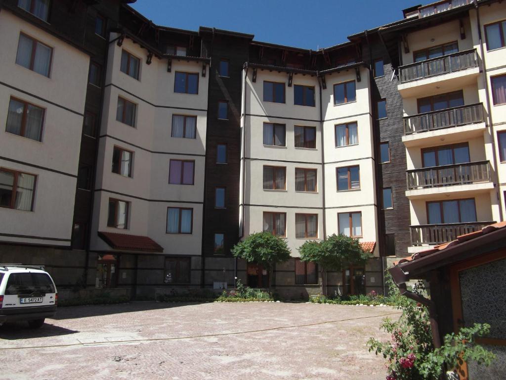 search property in bansko bulgaria