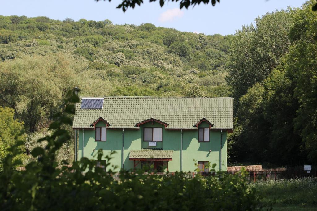 Clădirea în care este situat/ăpensiunea agroturistică
