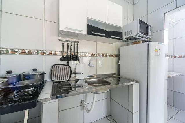 A cozinha ou cozinha compacta de Temporada Casa na Ilha de Itamaracá