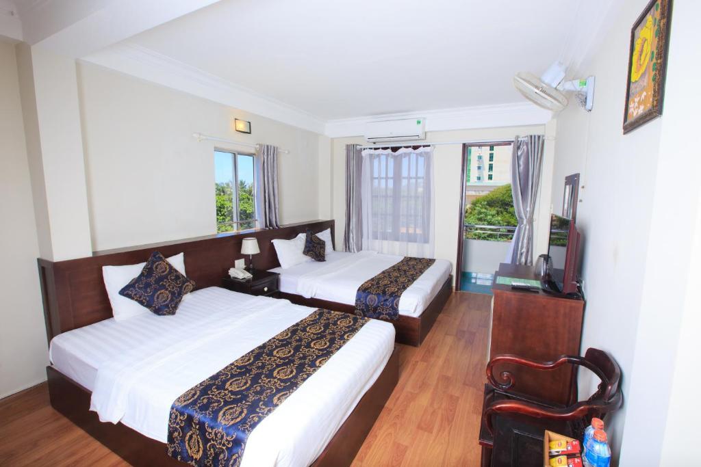 Khách sạn Phố Biển