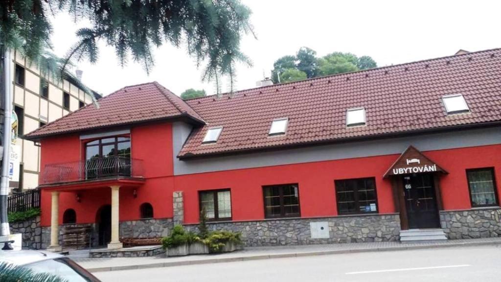 Budova, kde se ubytování v soukromí nachází