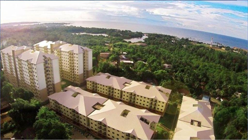 A bird's-eye view of richmond apartment