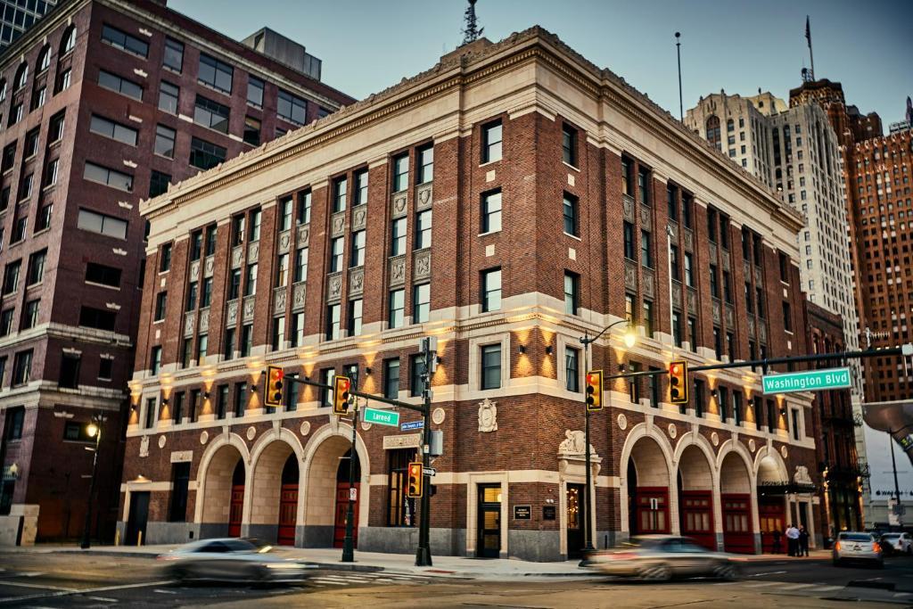 Detroit Foundation Hotel, MI - Booking com