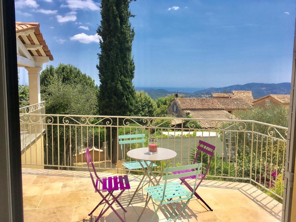 Vacation Home Maison de Standing,jardin,terrasse vue mer ...