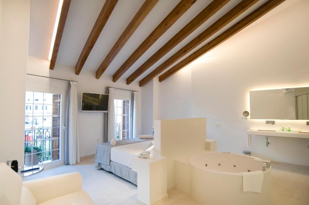 Sindic Hotel - Adults Only (España Mahón) - Booking.com