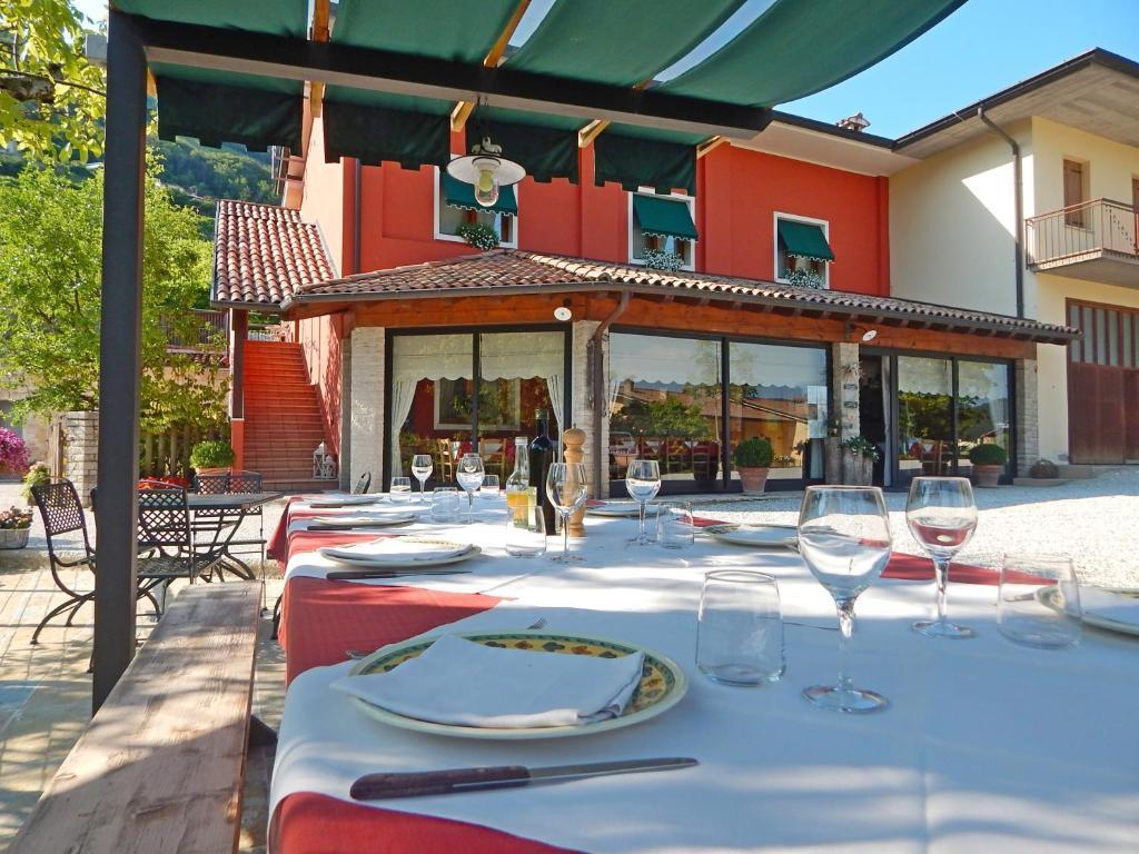 Agriturismo Vigneto Vecio Valdobbiadene Italy Booking Com