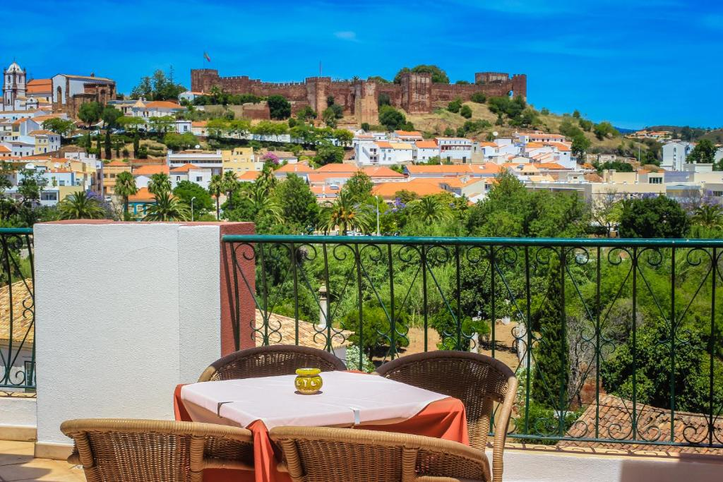 Hotel Colina Dos Mouros (Portugal Silves) - Booking.com