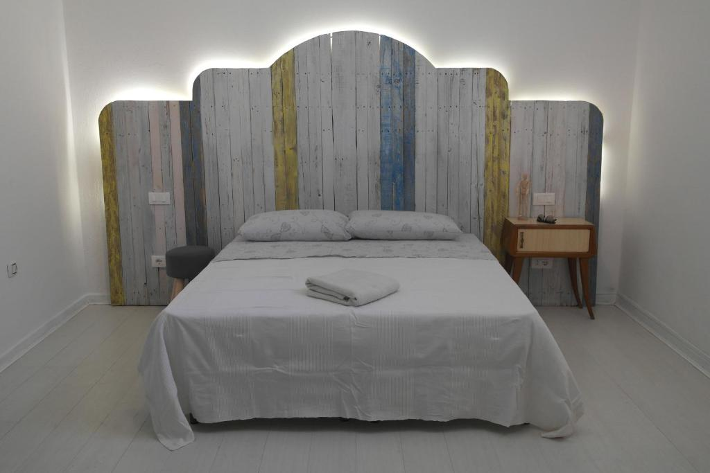 A bed or beds in a room at Your Bed & Breakfast