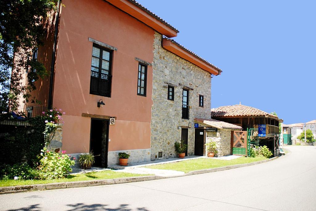Guesthouse Casa Aldea Mariñana, La Atalaya, Spain - Booking.com