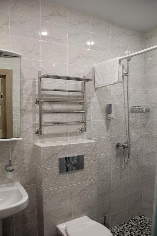 Четырехместный номер с душем: фотография номер 8