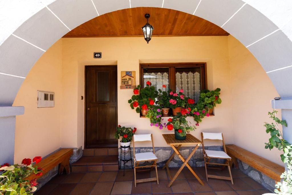 Casa Rural Laguna Negra 49 (España San Leonardo de Yagüe ...