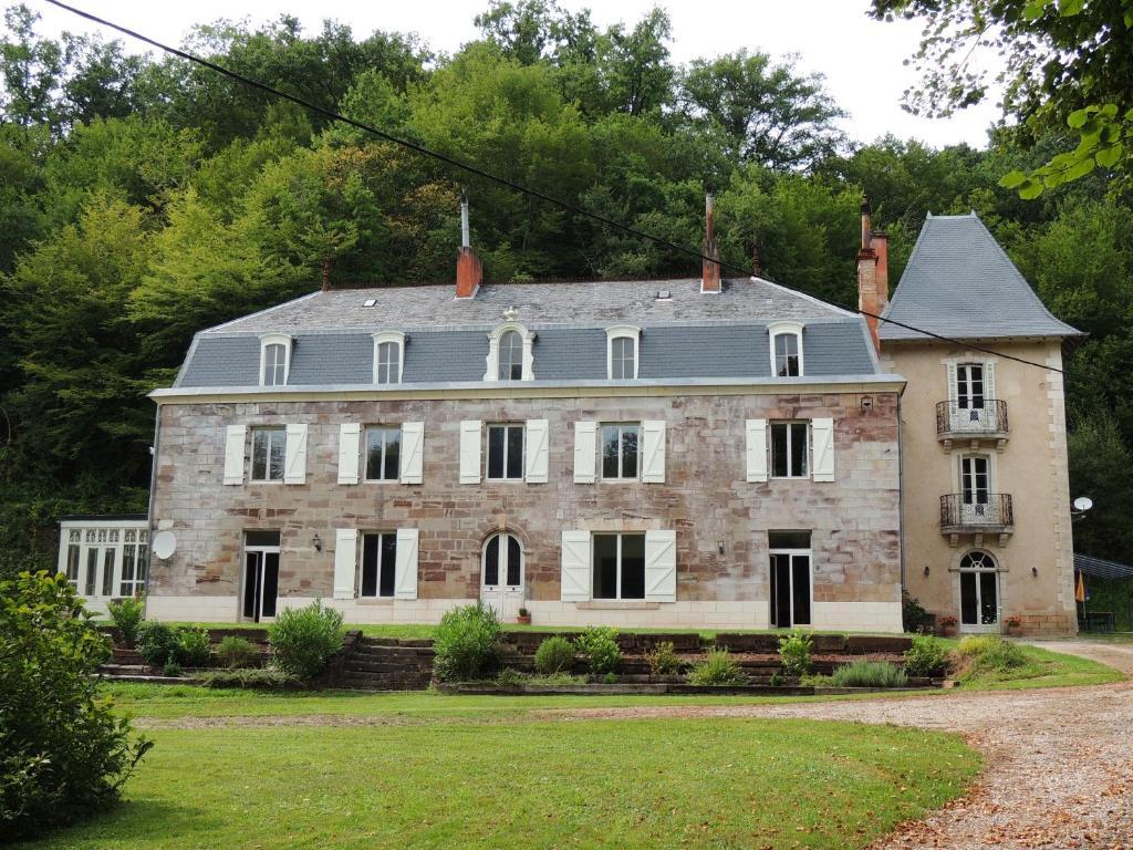 Apartments In Voutezac Limousin