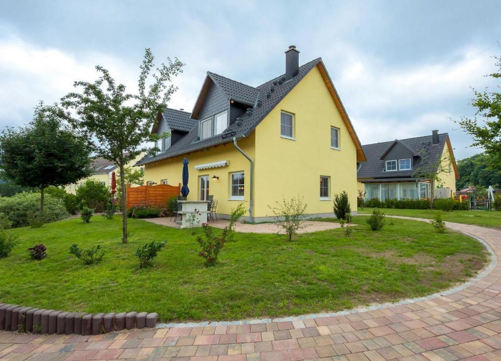 Villen am See - 4-Raum Häuser DHH Wiesenblick (Deutschland ...