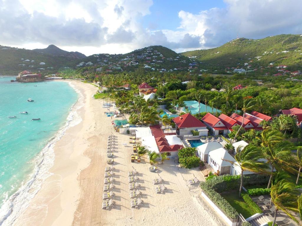 A bird's-eye view of Pearl Beach Hotel