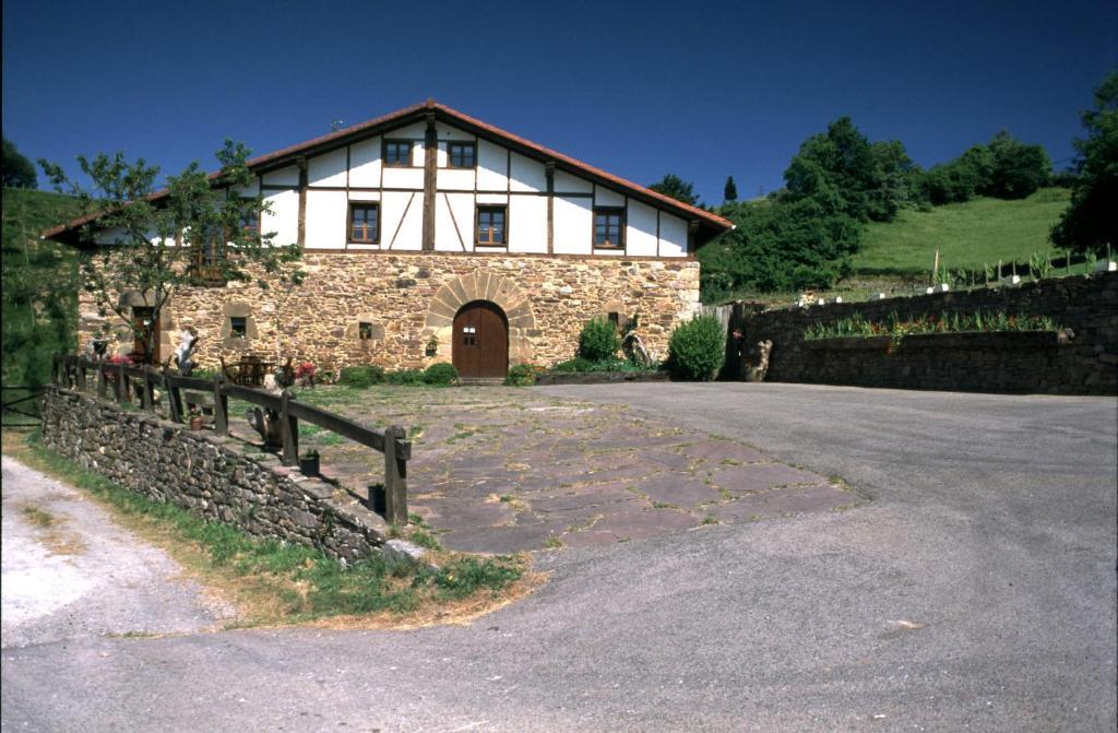 Casa de campo Casa Baztarretxe (España Berástegui (Berastegi ...