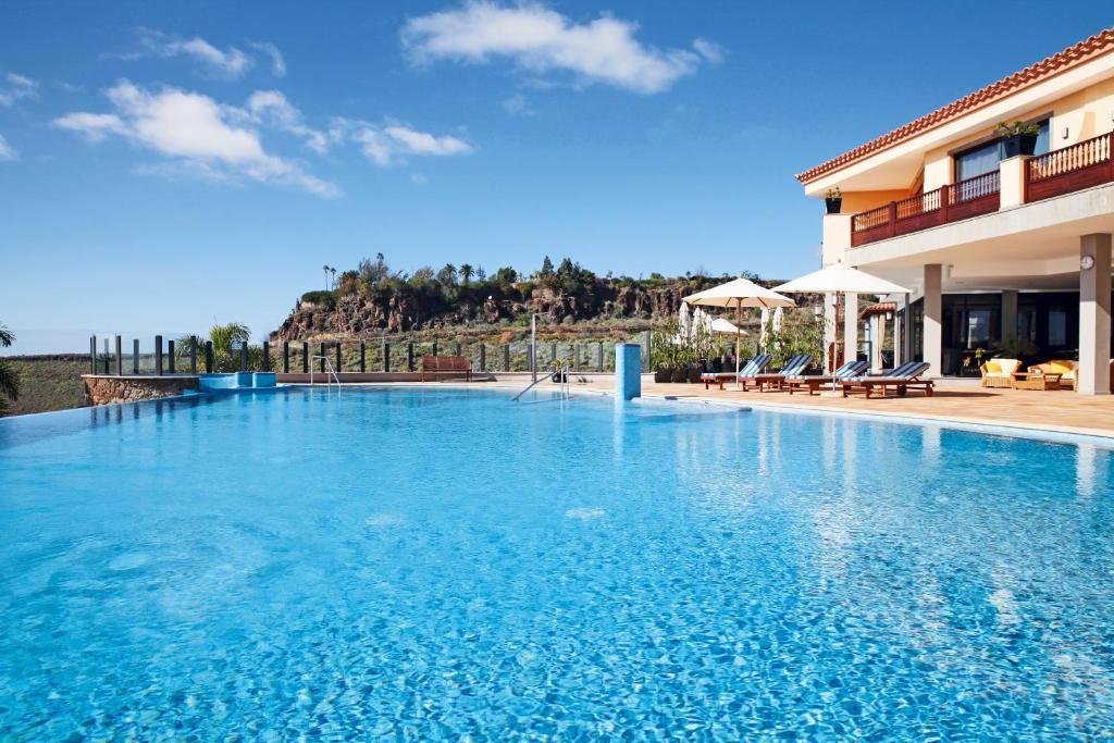 Hotel Casa Leon, Maspalomas, Spain - Booking.com