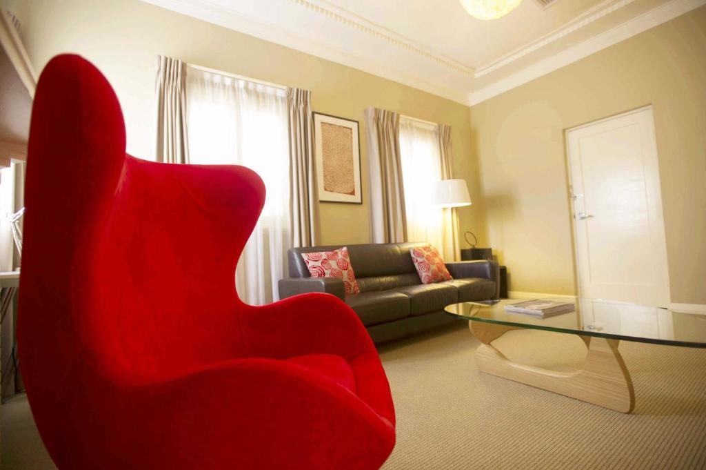 Awesome Globe Apartments Wagga Wagga Australia Booking Com Machost Co Dining Chair Design Ideas Machostcouk