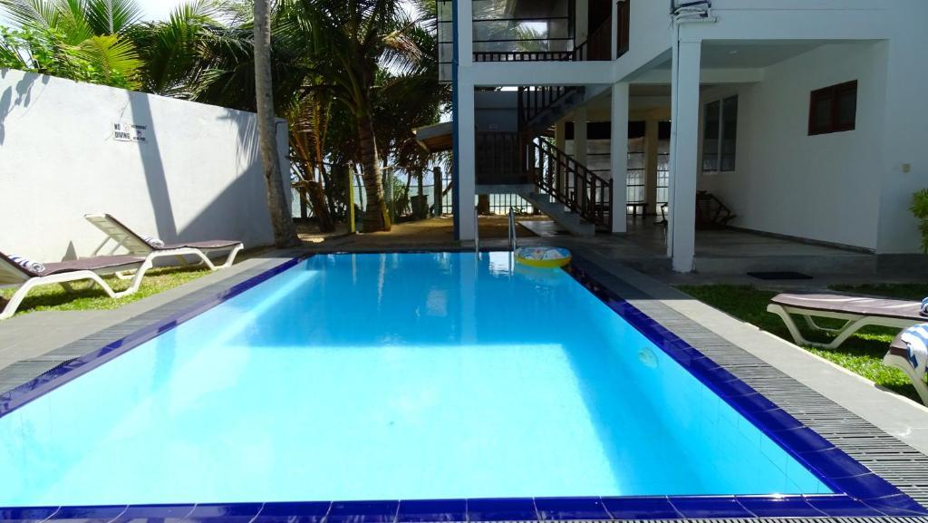 Guest House Sunset Reef Hikkaduwa Sri Lanka Booking Com