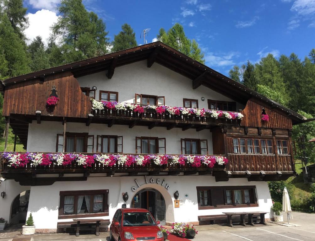 Hotel Al Larin (Italia Cortina d'Ampezzo) - Booking.com