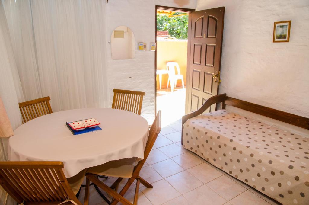 Hotel Del Pasaje (Uruguay Termas del Daymán) - Booking.com