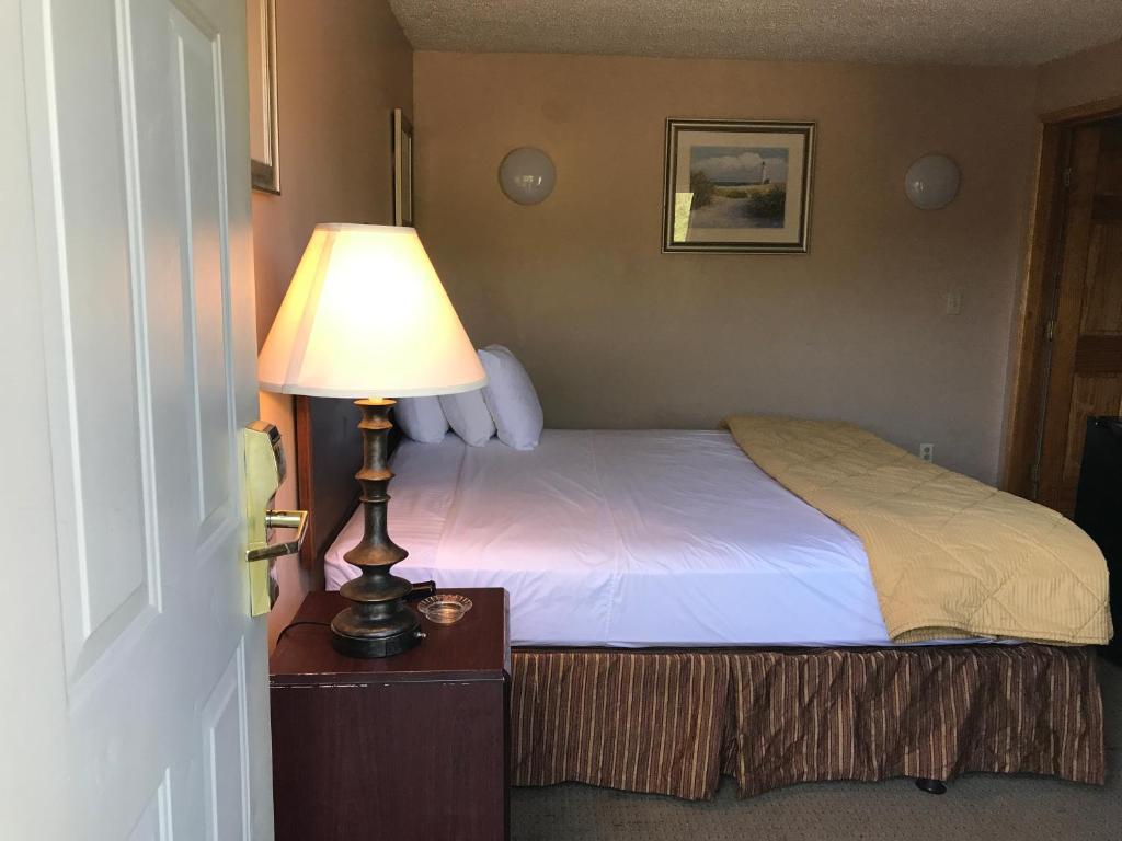 Capri Motel, North Dartmouth, MA - Booking com