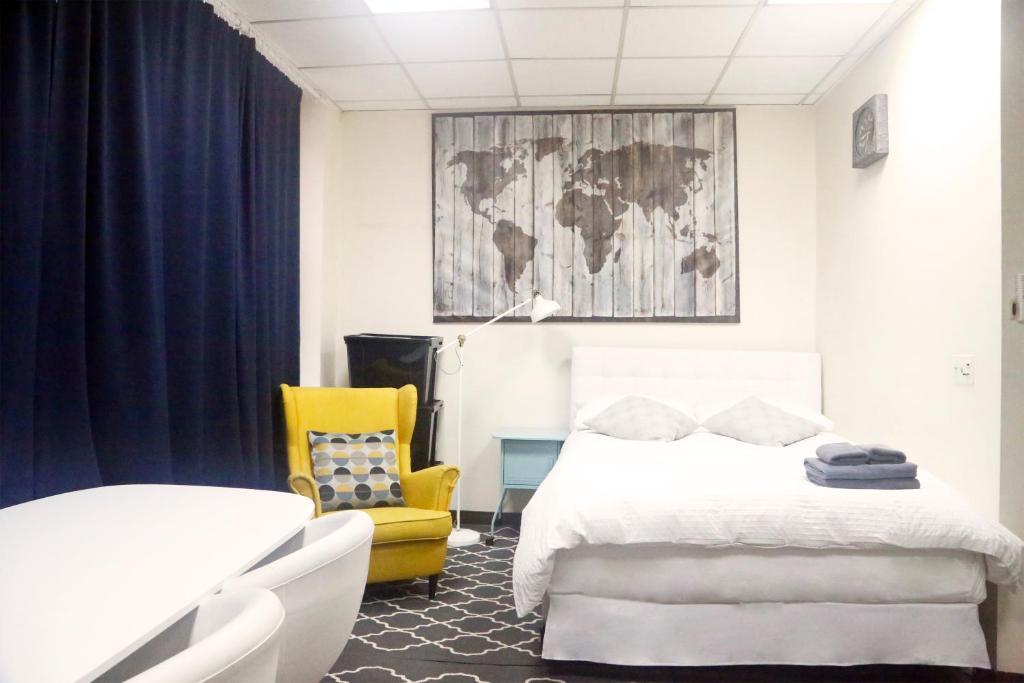 Excellent Bryant Park Studio Apartment Times New York Ny Booking Com Home Interior And Landscaping Eliaenasavecom