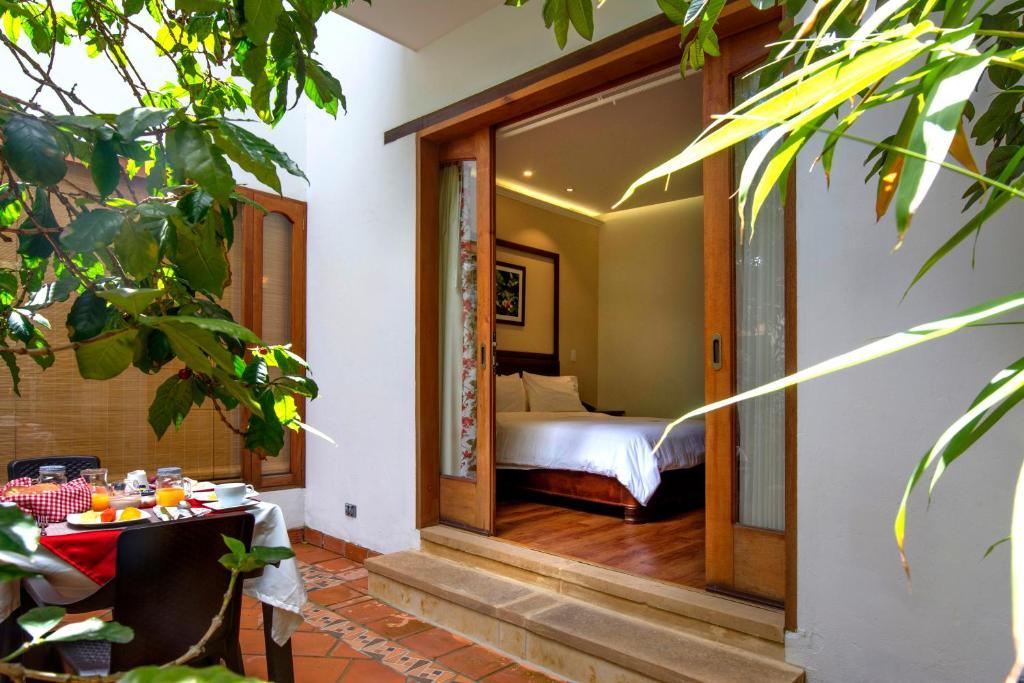 Spa and/or other wellness facilities at La Casa Del Arbol Hotel Boutique Villa de Leyva
