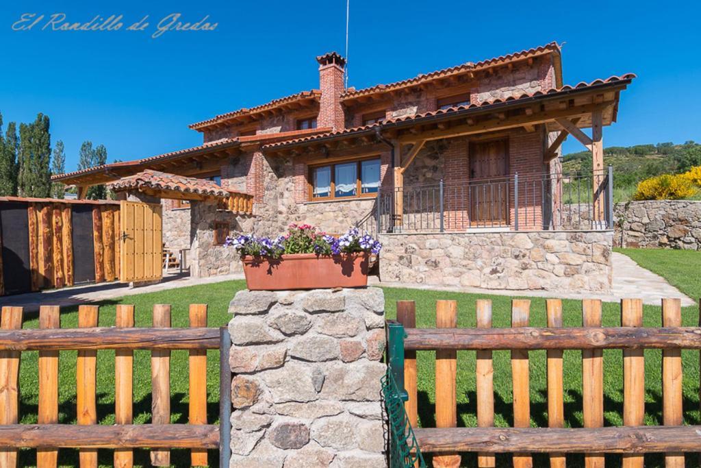 Casa de campo El Rondillo de Gredos (España Hoyos del ...