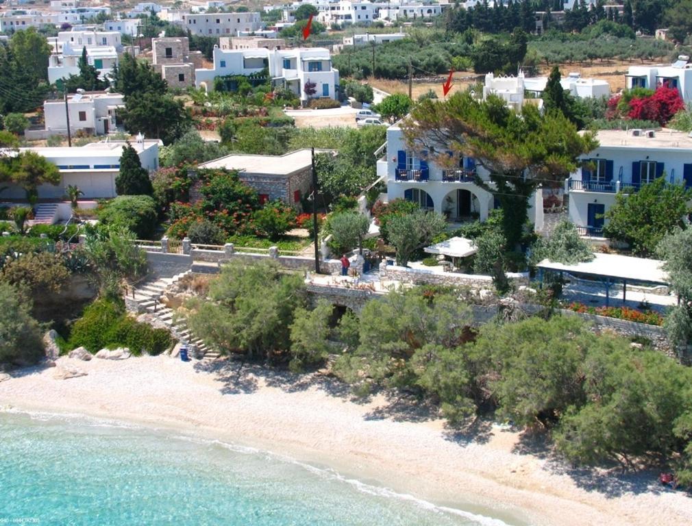 A bird's-eye view of Nissiotiko Hotel
