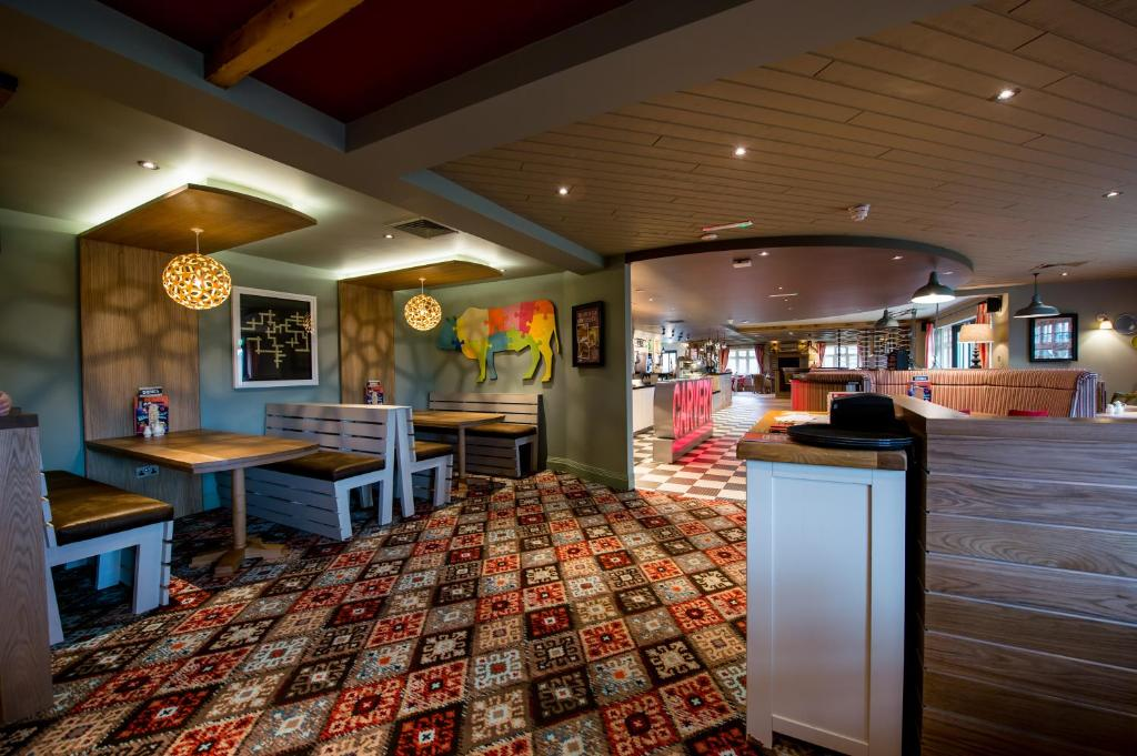 Sweet Chestnut by Marston's Inns
