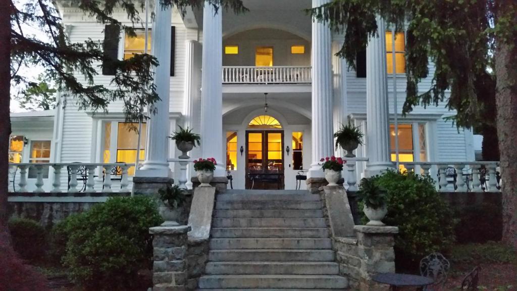 Albemarle Inn Asheville Nc Booking Com