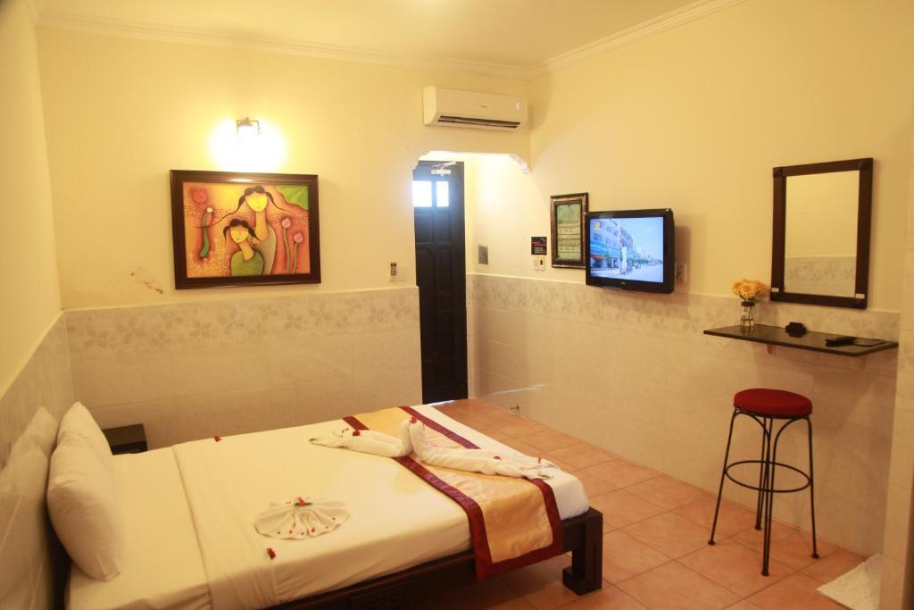 Phòng Deluxe Giường Đôi/2 Giường Đơn Có Tầm Nhìn Ra Biển Và Hồ Bơi