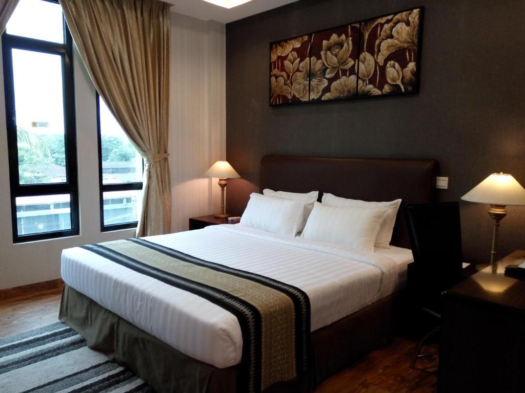 Hotel Kan Yeik Thar, Yangon, Myanmar - Booking com