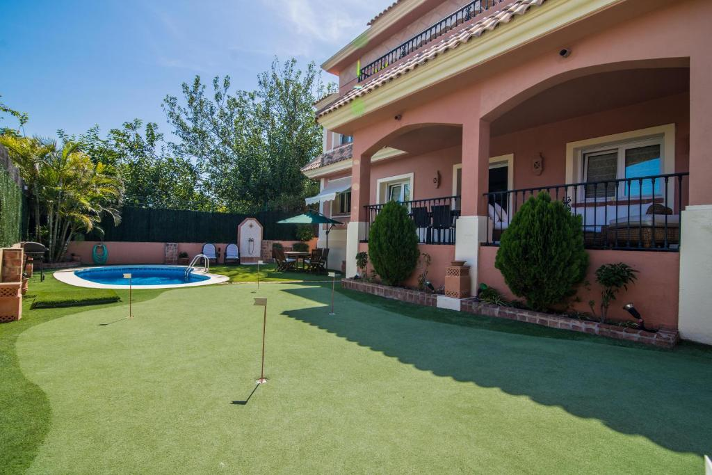 Benalmádena Coast Villa (España Arroyo de la Miel) - Booking.com