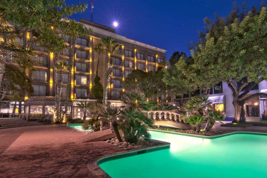Hotel Lucerna Tijuana Mexico Booking