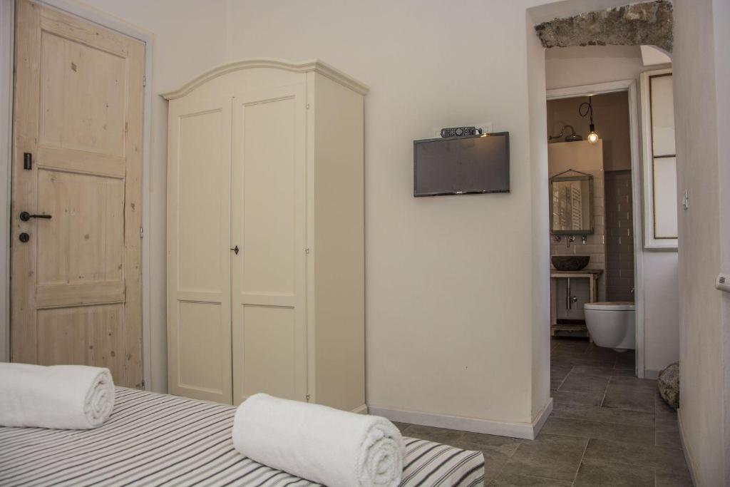 B B Letti Al Castello Finalborgo.Apartment Sotto Il Santo Orco Feglino Prezzi Aggiornati