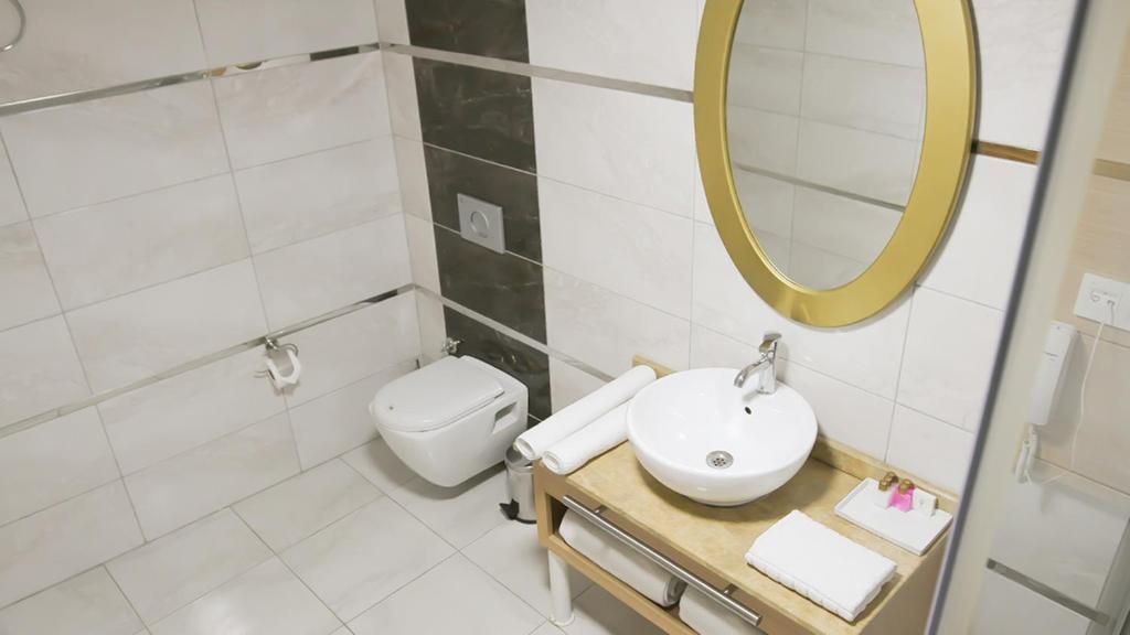 Start Hotel room 3