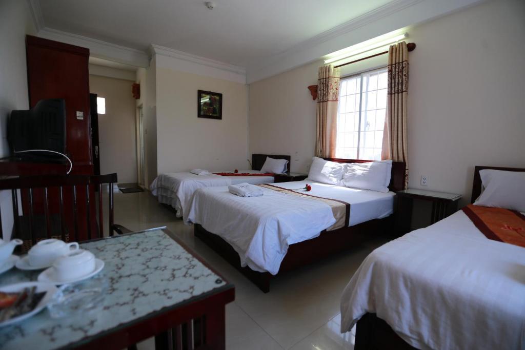 Kết quả hình ảnh cho Nhiet Doi Hotel