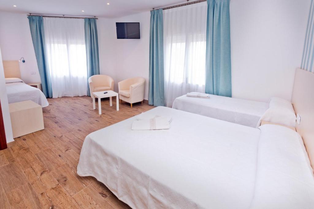 Hotel Mercè (España Pineda de Mar) - Booking.com