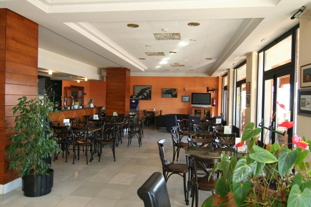 Hotel Cristina, Noreña (con fotos y opiniones) | Booking.com
